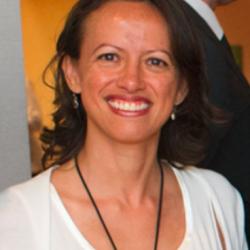 Liliane Loya